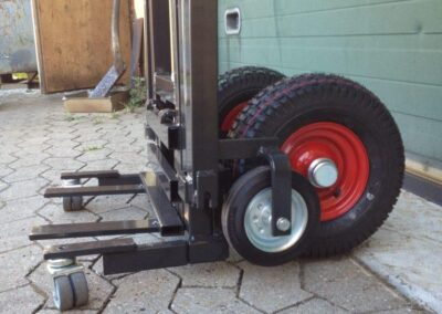 Spangkilde radiatorvogn hjul set udenfor
