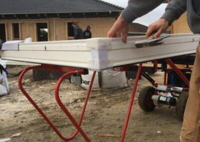 spangkilde vinduesløfter benyttes ved husbyggeri - nem håndtering