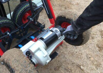 Spangkilde vindueløfter - detaljer med hjul og pumpe