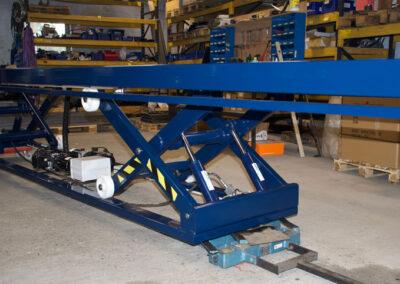 chassis til flytbart arbejdsbord