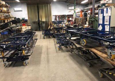 Værksted med produktion af flytbare arbejdsborde